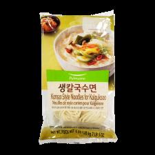 Pulmuone Korean Style Noodle for Kalguksu 37oz(1.05kg), 풀무원 생칼국수면 37oz(1.05kg)